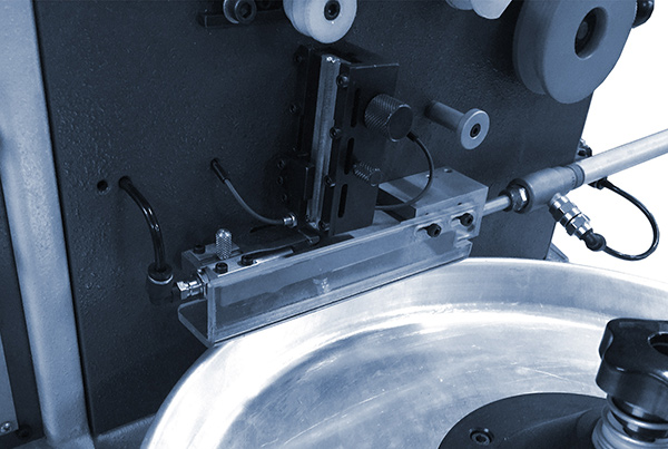 Macchina taglia catena automatica
